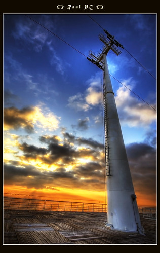 Parque das Nações - Cable car tower :: HDR | by raul_pc