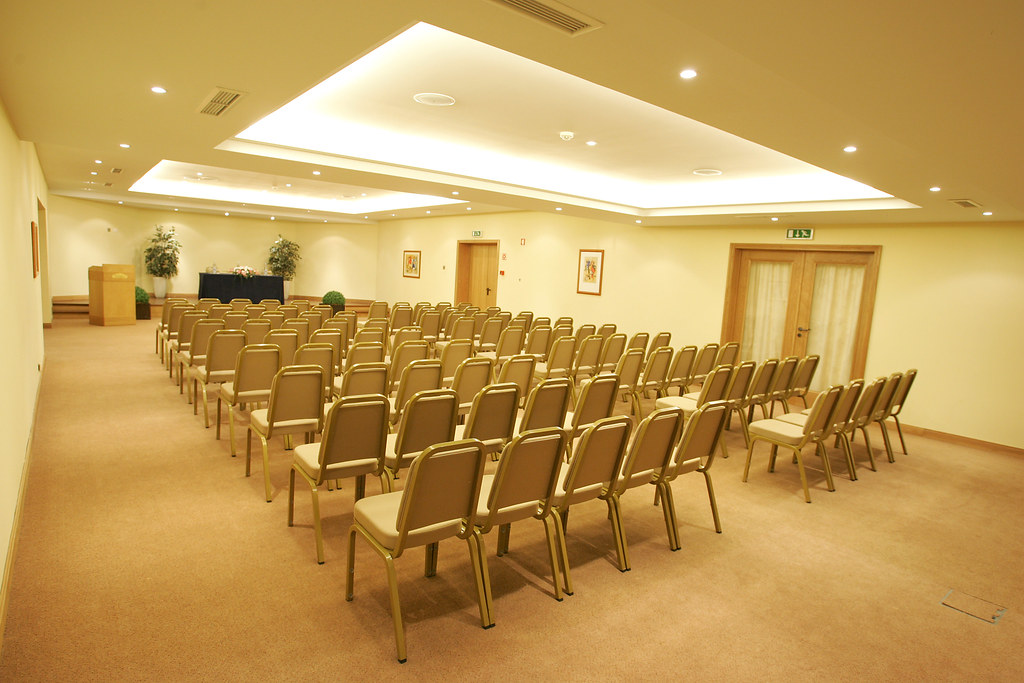Hotels With Meeting Rooms In Cambridge