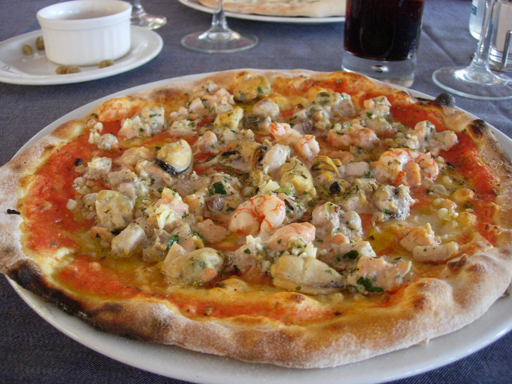 fruit de mer pizza much different from the hot house versi flickr. Black Bedroom Furniture Sets. Home Design Ideas