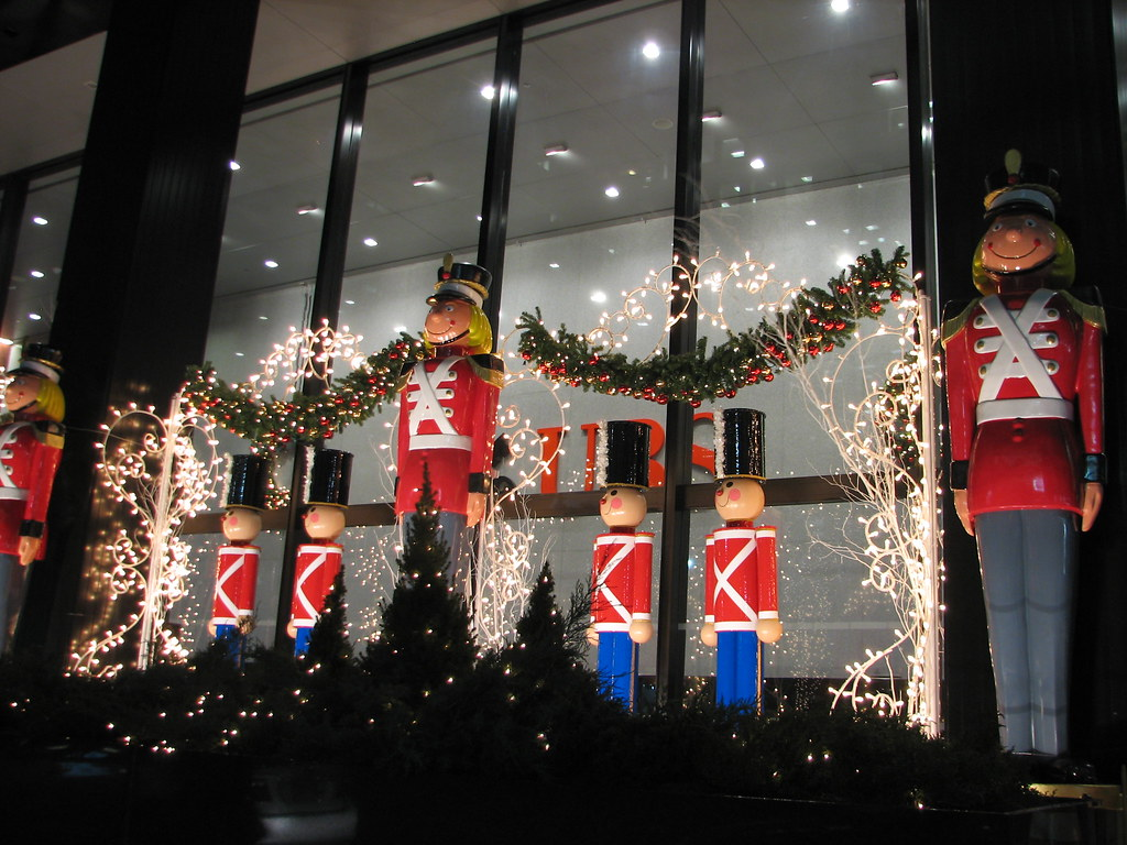 #AA2321 Toy Soldiers Christmas Decorations New York City NY 7  5549 decorations noel new york 1024x768 px @ aertt.com