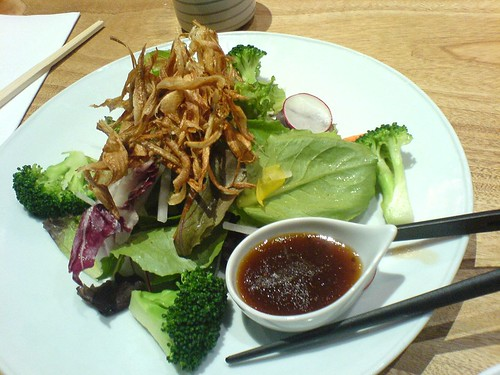 Organic salad with gobo chips | by clotilde