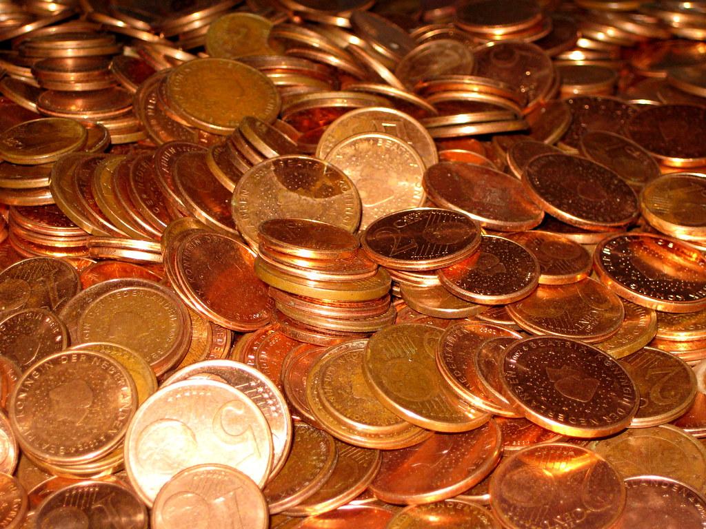 Преимущества покупки монет