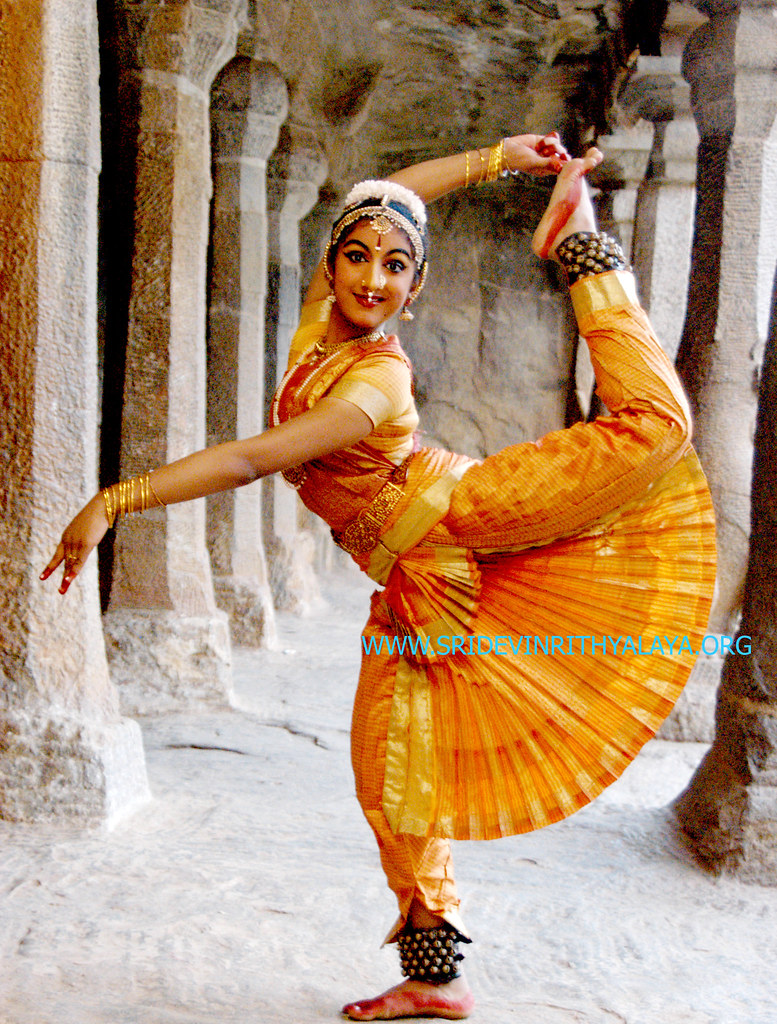 bharatanatyam poses - photo #43