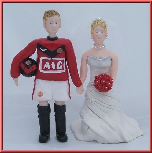 man utd wedding cake toppers manchester united groom with this set of toppers 17112