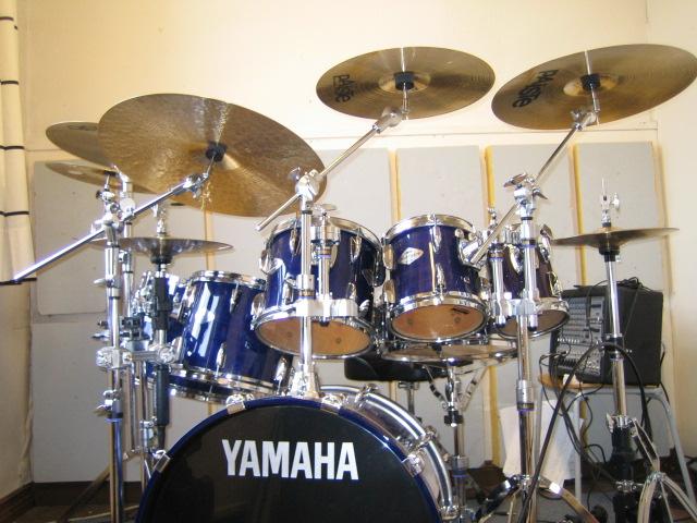 Yamaha Drums Amp Hardware 2 Yamaha Beech Custom Drums In