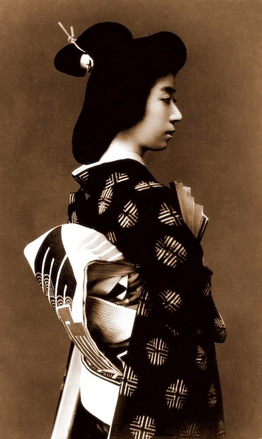 PROFILE OF A JAPANESE WOMEN | The Japanese photographer ...