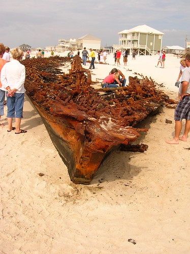confederate battleship monticello shipwreck washed ashore during Hurricane Ike | by us1mm0