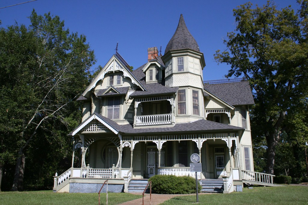 Late Victorian Houses and Cottages Floor Plans and