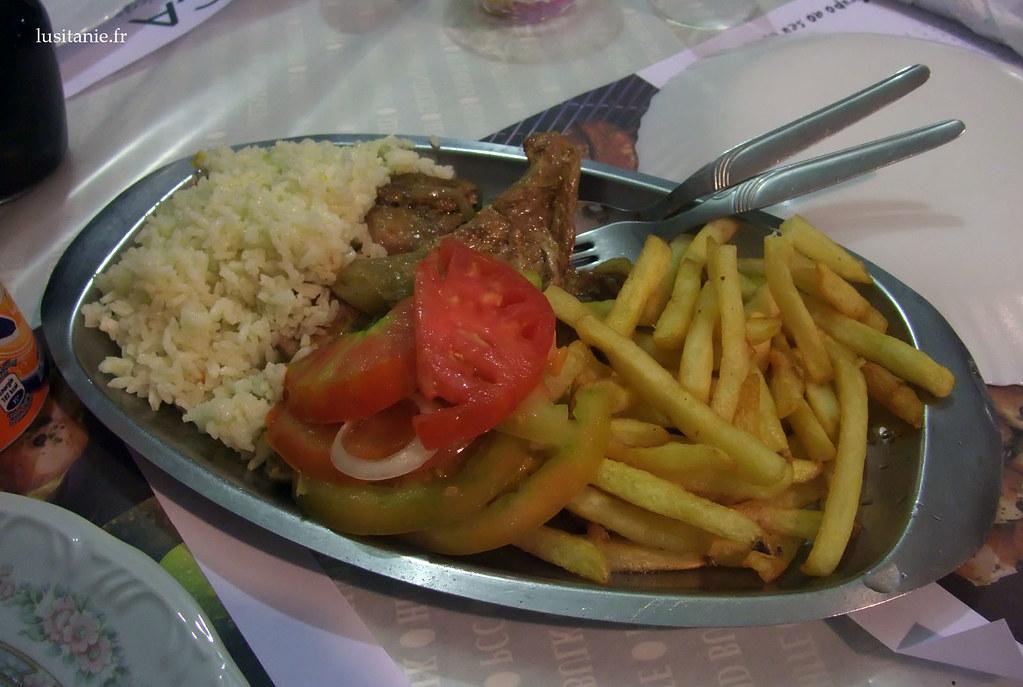 Bitoque, viande et frites