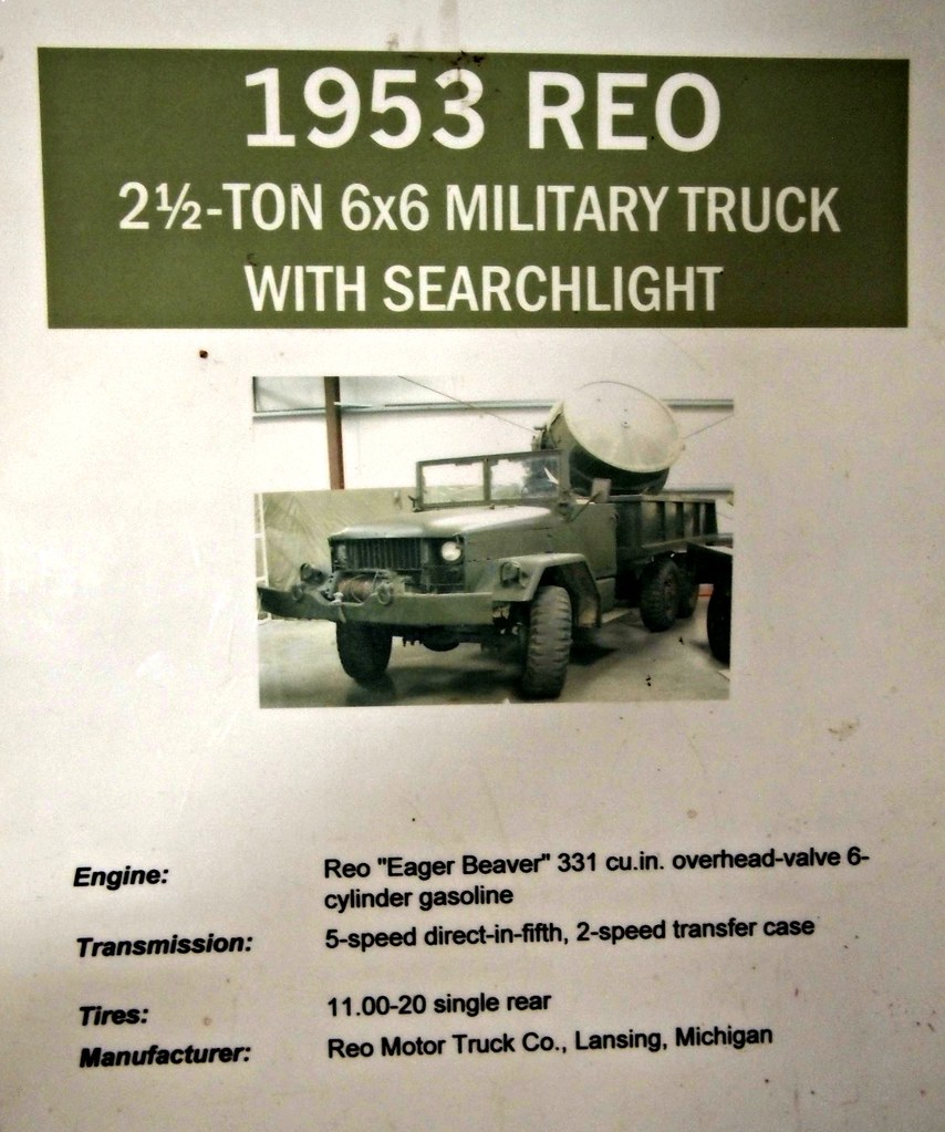 1953 REO Speedwagon 2½ Ton 6X6 Military Truck With Searchl