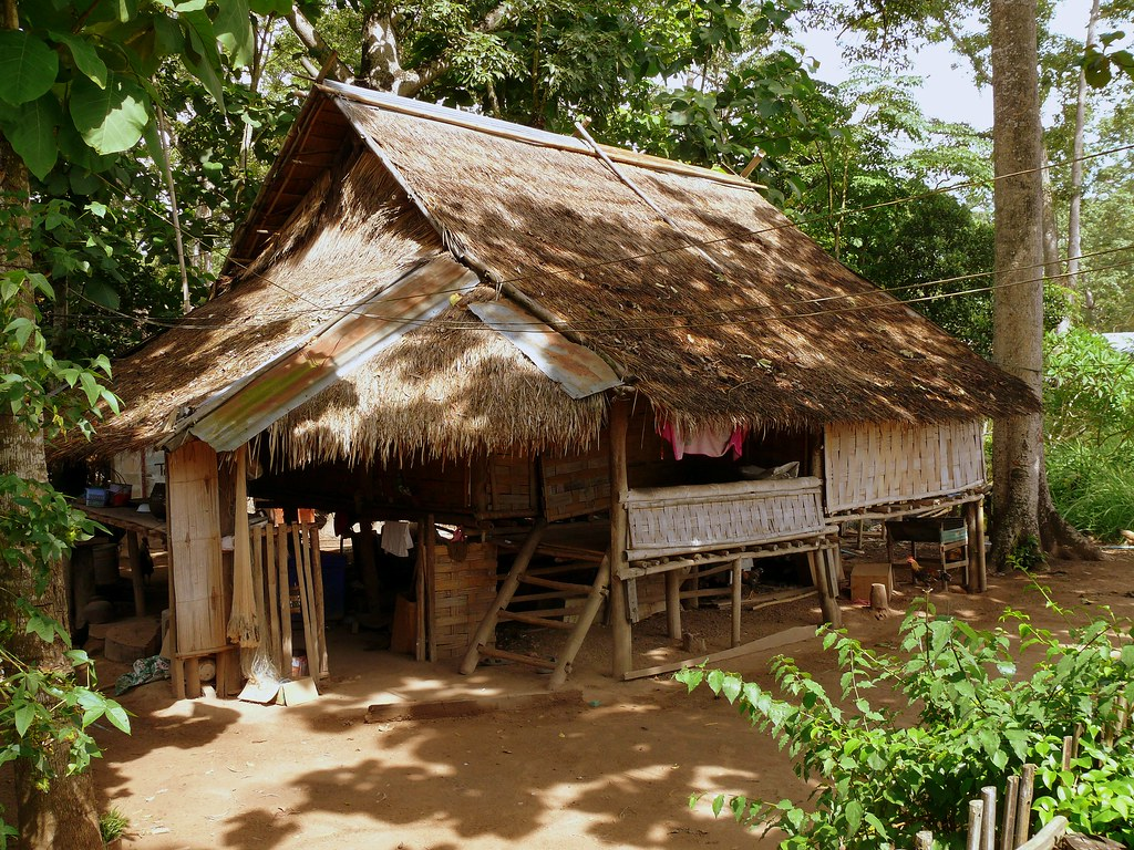 Bamboo hut in donxao laos butch osborne flickr for Minimalist house thailand