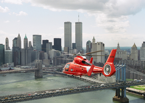 Hh 65 Over New York Skyline New York Ny 1998 An Hh