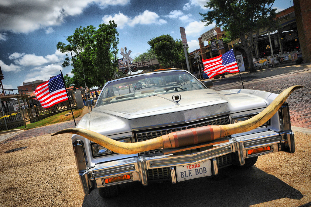 Billy Bob Honky Tonk Longhorns American Flags Cadillac His… | Flickr