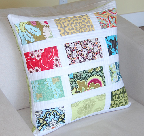 White Banded Patchwork Pillows I Love To Make Quilts But