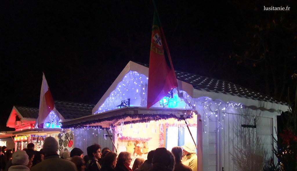 Drapeau du Portugal sur les Champs