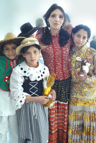 the roma gypsies and the romany essay Description of religions menu the religion, culture & status of the roma sponsored link roma are also known as gypsies, rom, rroma, romani, sinti, etc.