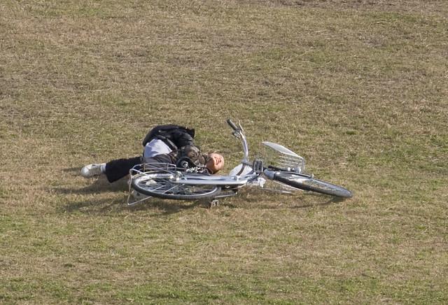 Kids falling off bike
