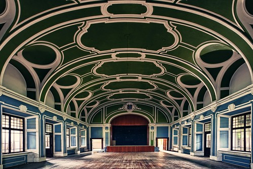 the forgotten ballroom | by ThomasMueller.Photography