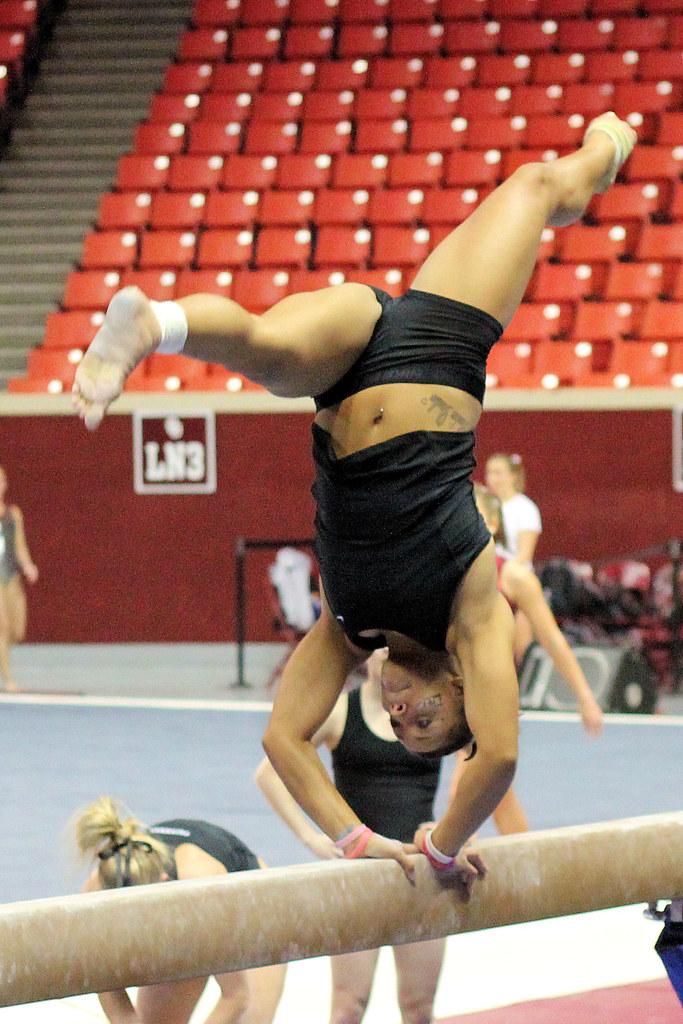 how to get good scores at a gymnastics meet