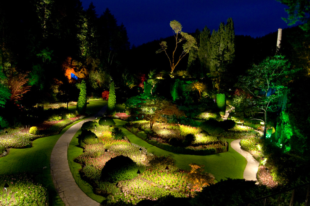 Sunken garden night butchart gardens in victoria bc can flickr for A night at the garden