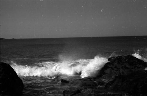 0703 Waves on Saint Ives Island