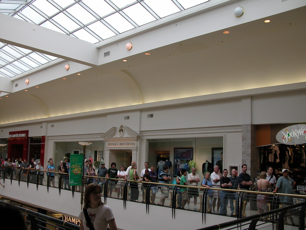 crabtree valley mall map pdf
