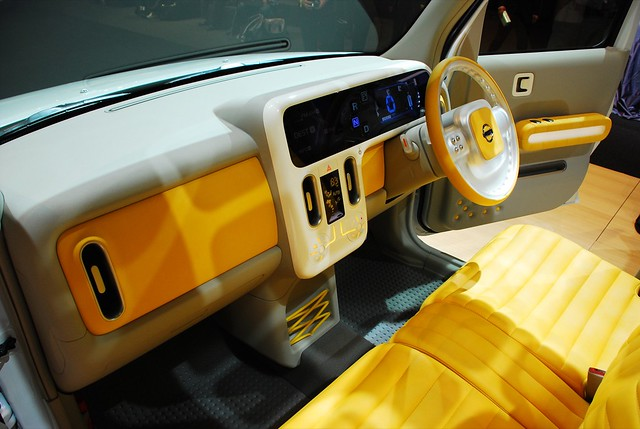 Nissan cube interior 1 dave pinter flickr for Cube interiors