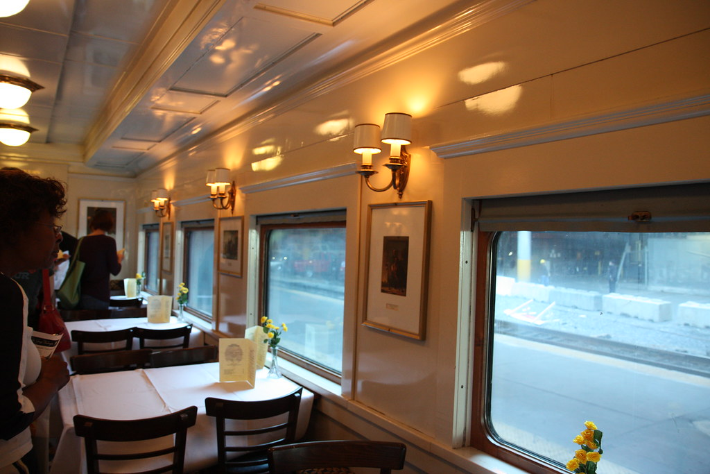 C&O Dining Car Interior | Restored interior of the C&O ...