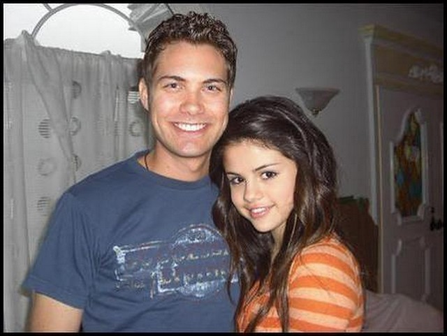 Selena and drew dating