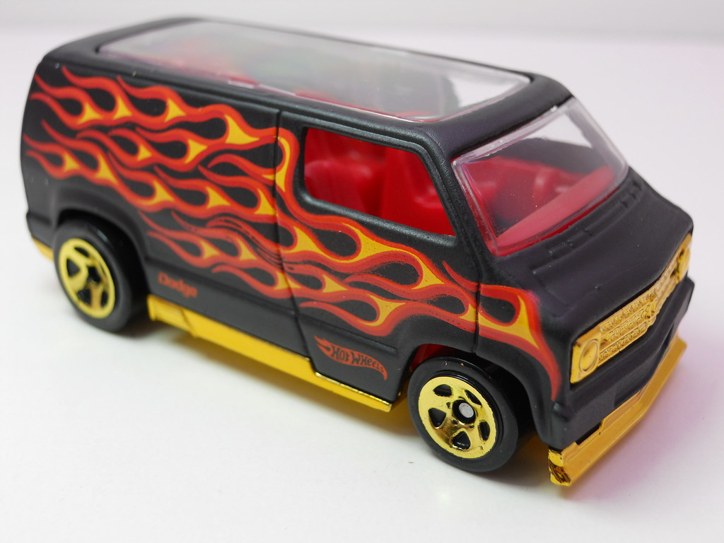hot wheels custom '77 dodge van blk flames (3) | justjdm ...