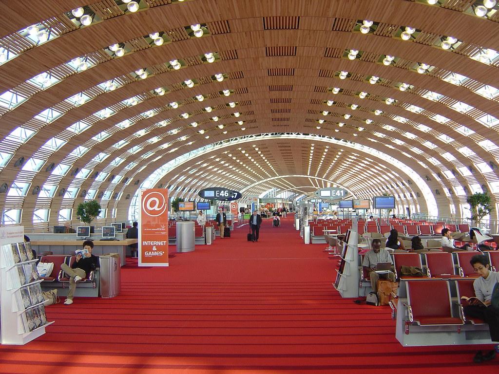 Paris cdg airport terminal 2e gary bembridge flickr for Salon air france terminal 2e
