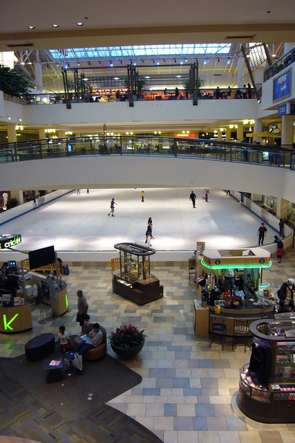 Find Lloyd Center Mall jobs. Search for full time or part time employment opportunities on Jobs2Careers.