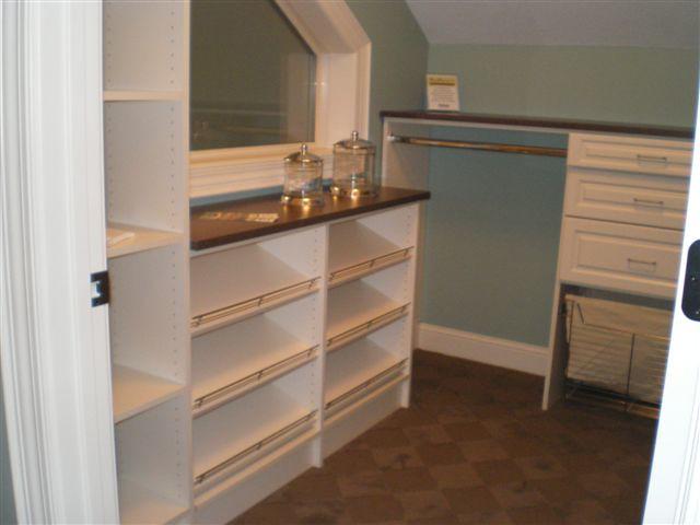 ... Idea House At Becker Furniture World, Becker, Mn | By