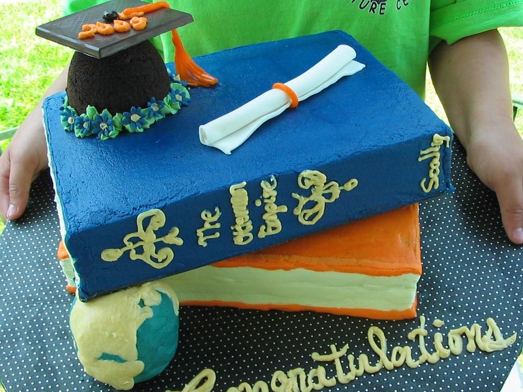 Mortarboard Cake Pan