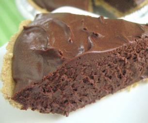 Chocolate Syrup Cheesecake