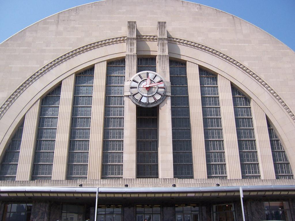 Union Terminal An Old Train Station Now Cincinnati