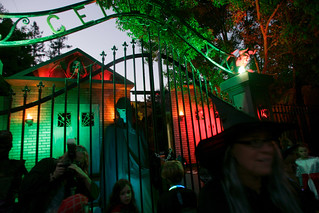 Trick or Treat (David M. Barreda/Mercury News) | by Contra Costa Times