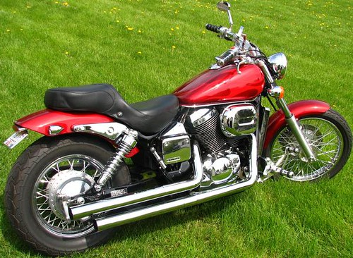 2006 red with red flames honda shadow spirit 750 by nunya flickr. Black Bedroom Furniture Sets. Home Design Ideas