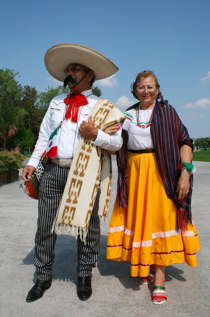 Vestimenta mexicana - Parque Fundidora