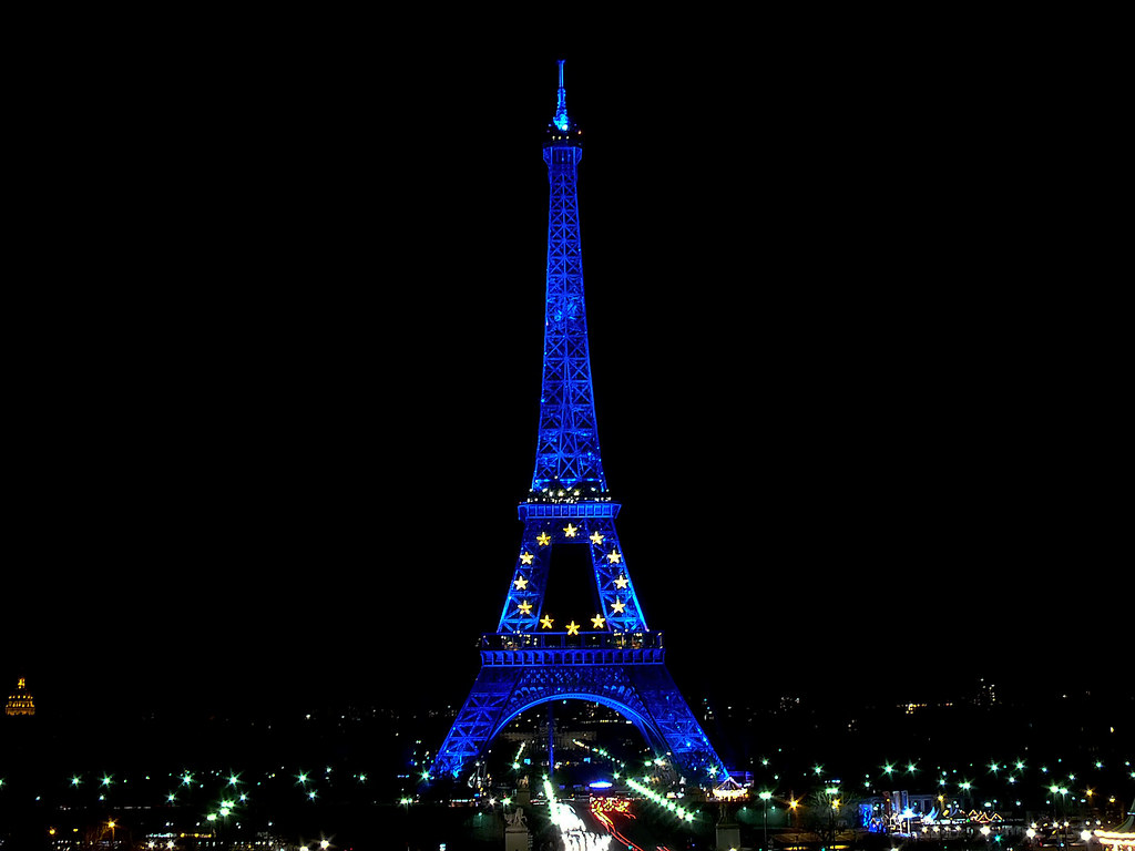 Blue In The Dark Eiffel Tower In The Dark During French P Flickr