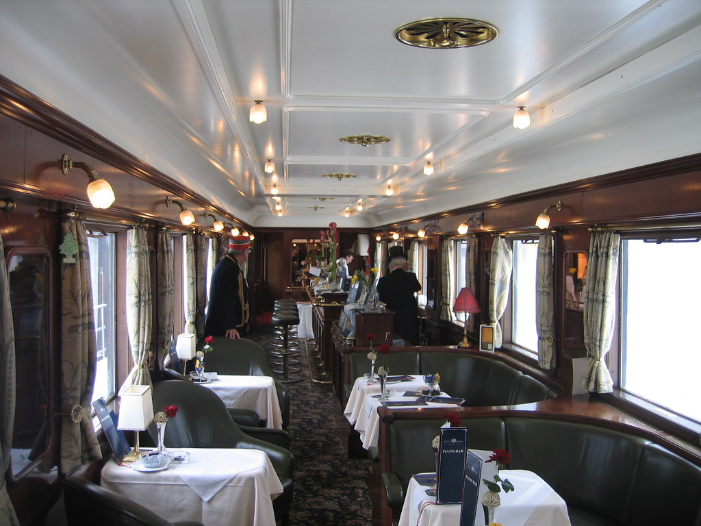 Wagons Lits carriage now a piano bar | This late-1920s ...