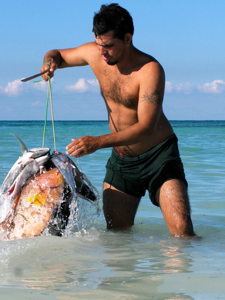 Cuba fisherman at cayo jutias fishing anything turtles for Fishing in cuba