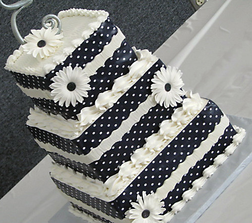 black and white square wedding cake designs three tiered square wedding cake three tiered square 11839