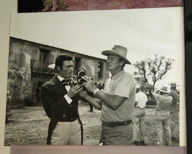 Laurence Harvey As William B Travis John Wayne And