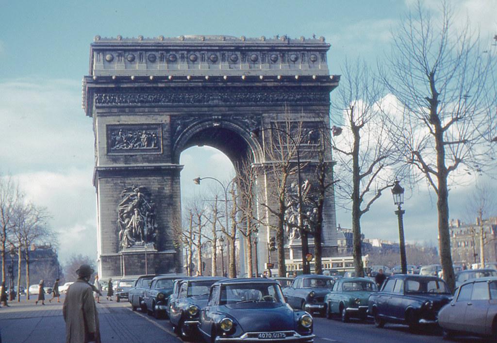 Paris Arc De Triomphe I Stayed Overnight In Paris On
