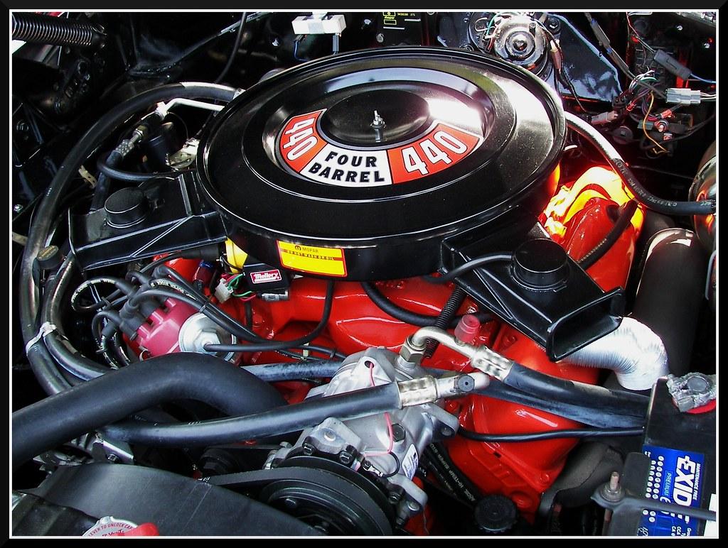 440 Cubes Of Mopar Motor A Honking 440 V8 Engine This