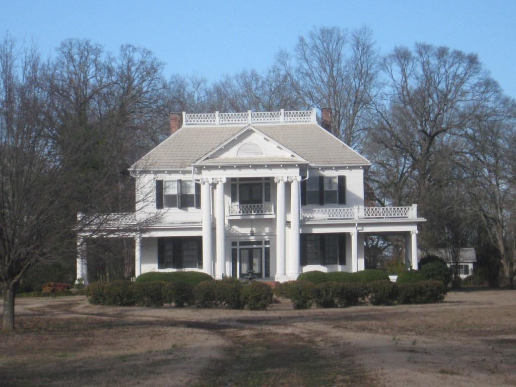 Lenoir plantation monroe county mississippi i was for Antebellum plantations for sale