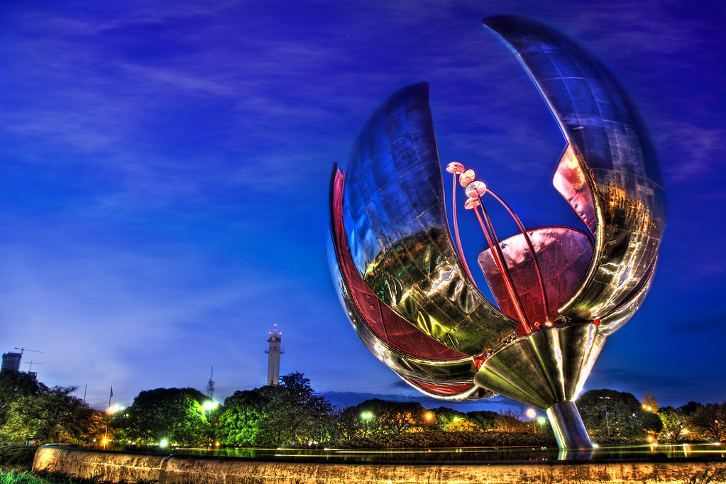 Floralis Gene'rica | The Floralis Generica is one of the ...