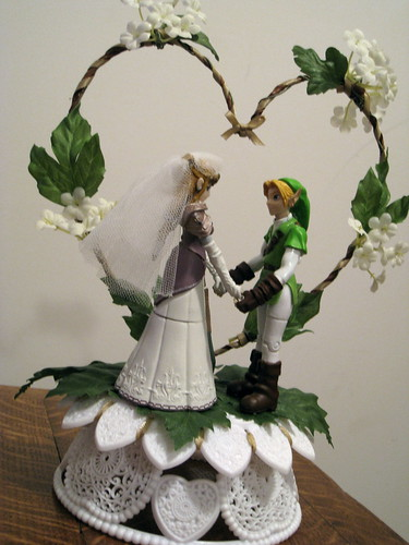 Legends of Zelda wedding cake topper - Princess Zelda and Link | by side_show