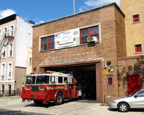 E214l Fdny Quot Nut House Quot Ladder 111 Bedford Brooklyn New